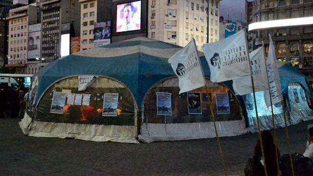 Acampe y huelga de hambre de los vecinos de las villas