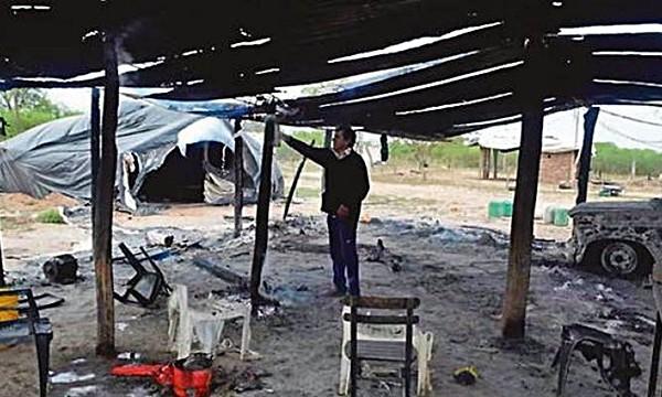 Denuncian a la empresa Manaos por incendiar comunidad campesina