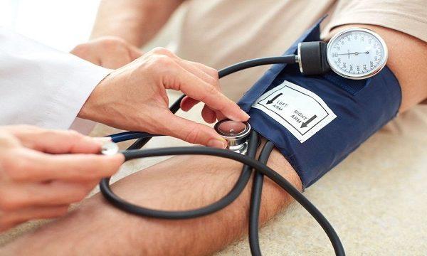 En el mundo mueren 10 millones de personas anualmente a causa de la hipertensión arterial