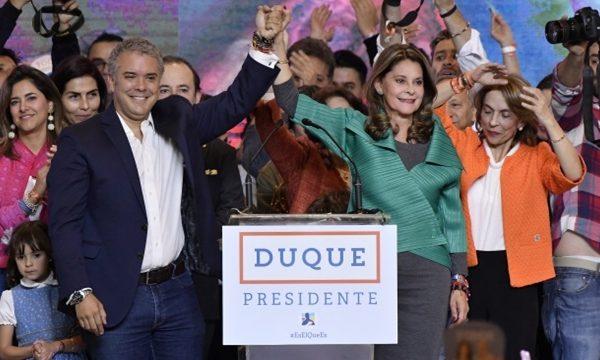 Ganó Duque en Colombia. Salida especial desde Bogotá